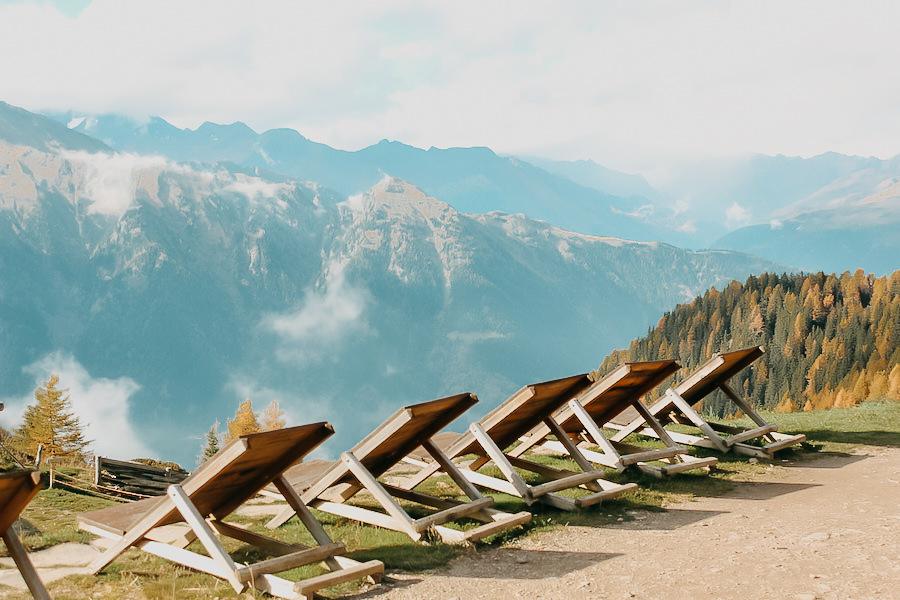 Hirzer Wanderung - A Tasty Hike - Suedtirol - Sonnenliegen