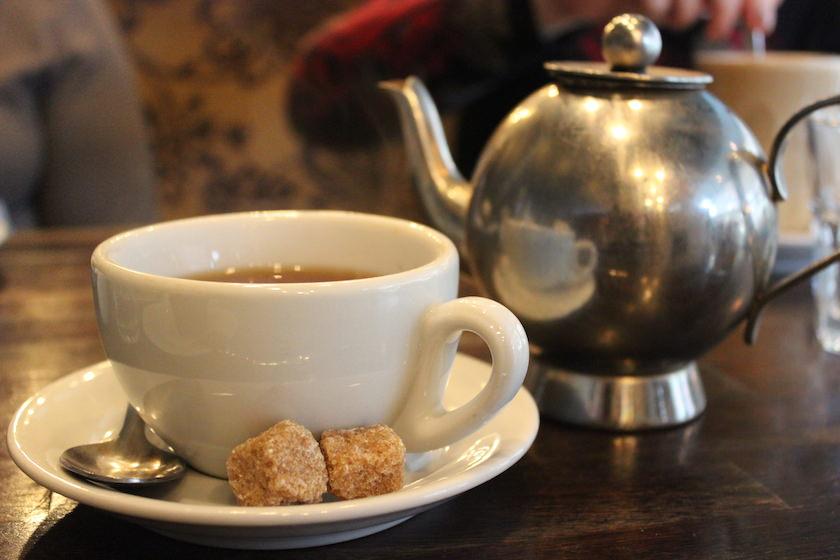 A Tasty Hike - Englisches Essen in London - Tea Time bei Beas of Bloomsbury