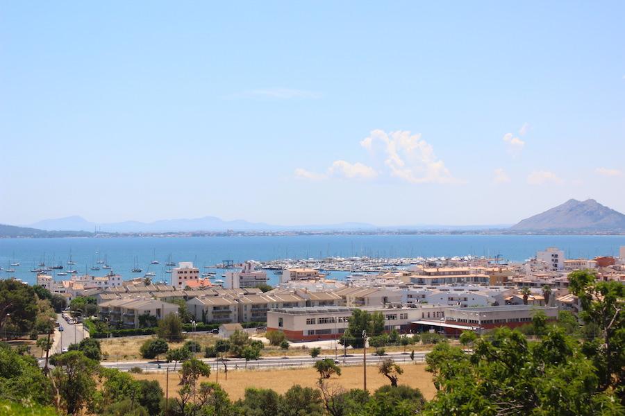 Wanderung Cala Bóquer Mallorca - Blick auf Port de Pollença