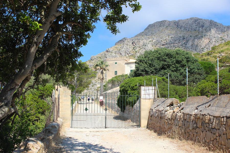 Wanderung Cala Bóquer Mallorca - Eingang Finca Bóquer