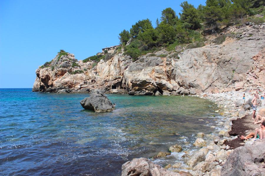 Mallorca Wanderung Cala Deià - Bucht von unten