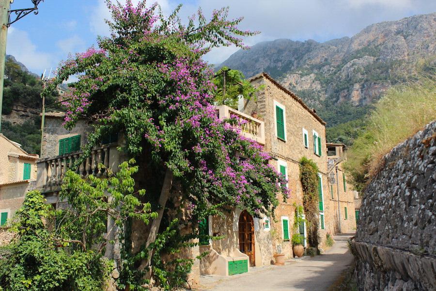 Mallorca Wanderung Cala Deià - Straßen von Deià