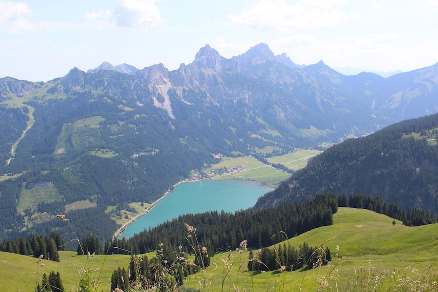Vom Neunerköpfle zur Sulzspitze in Tirol - See