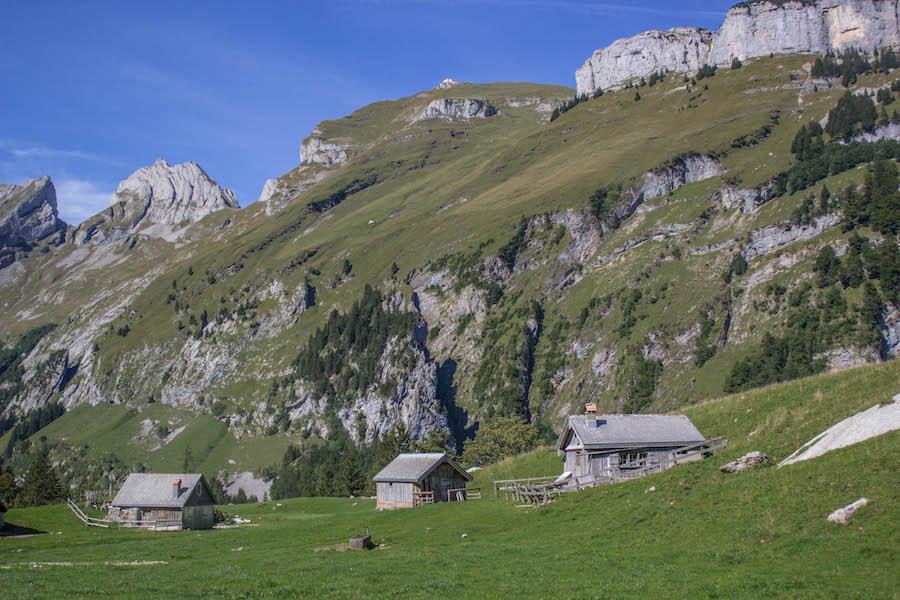 Wandern in den Schweizer Alpen - Berghütten