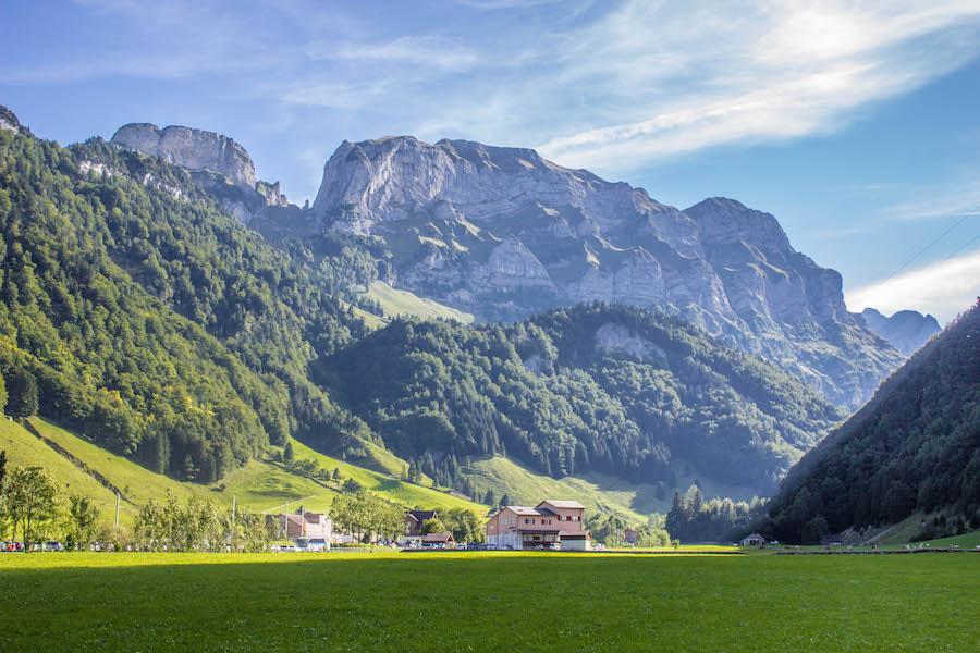 Wandern in den Schweizer Alpen - Talstation Wasserauen