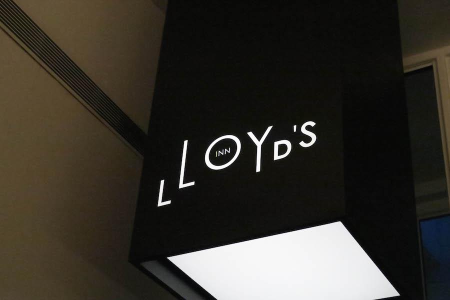 Lloyds Inn Hotel Singapur Logo