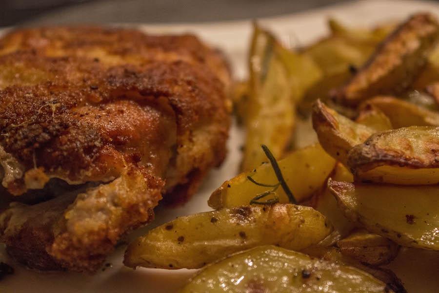 So kocht Südtirol Cordon Bleu mit Kartoffelecken