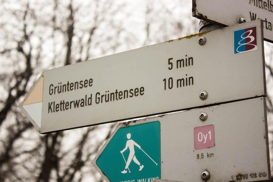 A Tasty Hike - Wandern am Gruentensee - Schild