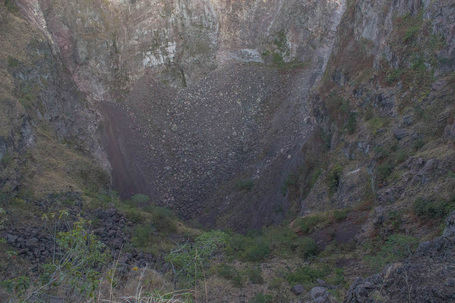 Wanderung Gunung Batur auf Bali - Krater