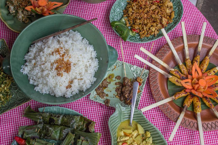 Kochkurs auf Bali - angerichteter Tisch