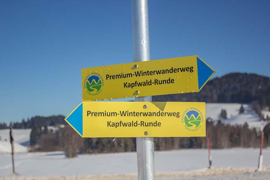 Premium Winterwanderweg Sinswang im Allgaeu - Schild