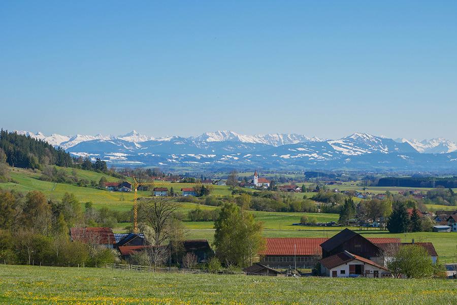 Wandern in Teufelskueche bei Oberguenzburg - Alpen