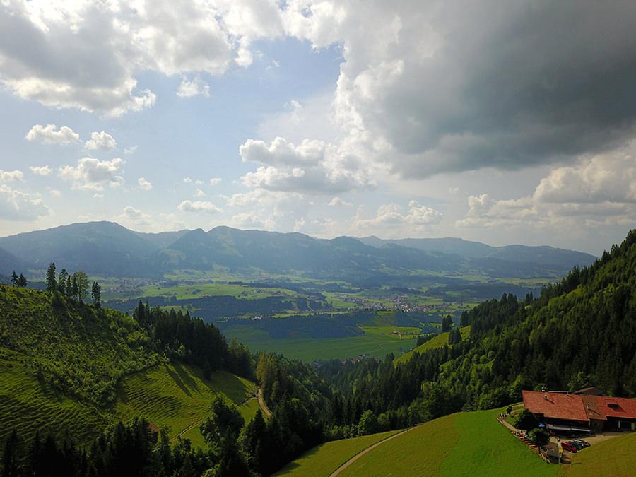 Wandern im Tobel bei Oberstdorf - Drohnenaufnahme