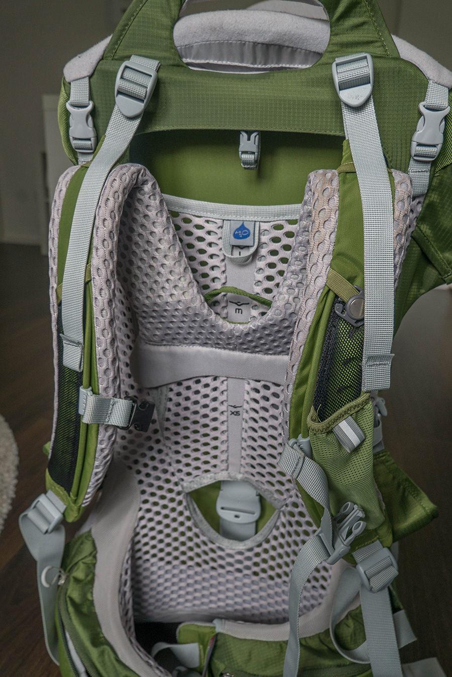 Wandern mit Baby - Kraxe von hinten