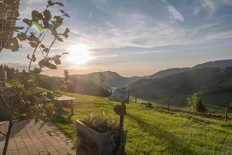 After Work Wandern am Alpsee im Allgaeu - Sonnenuntergang
