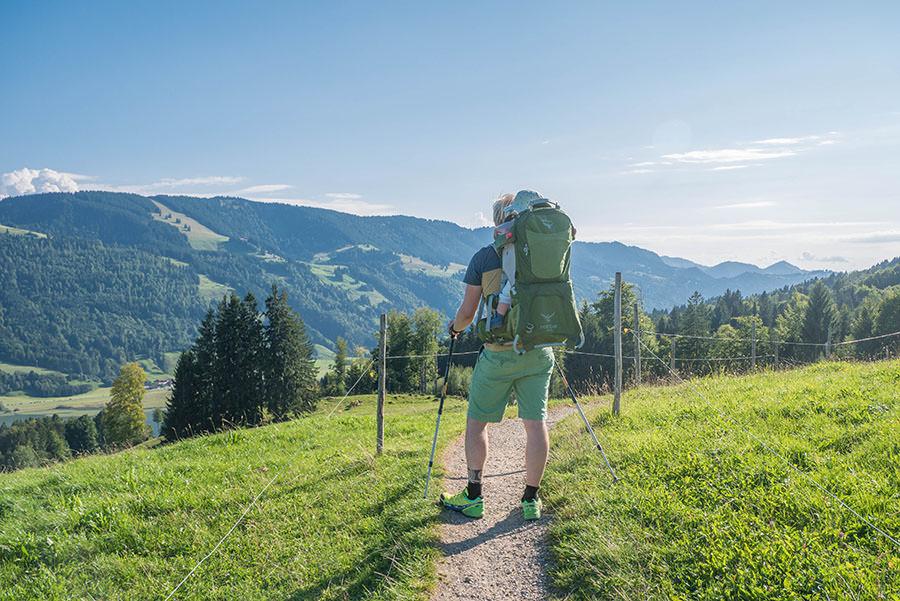 After Work Wandern am Alpsee im Allgaeu - Wiese