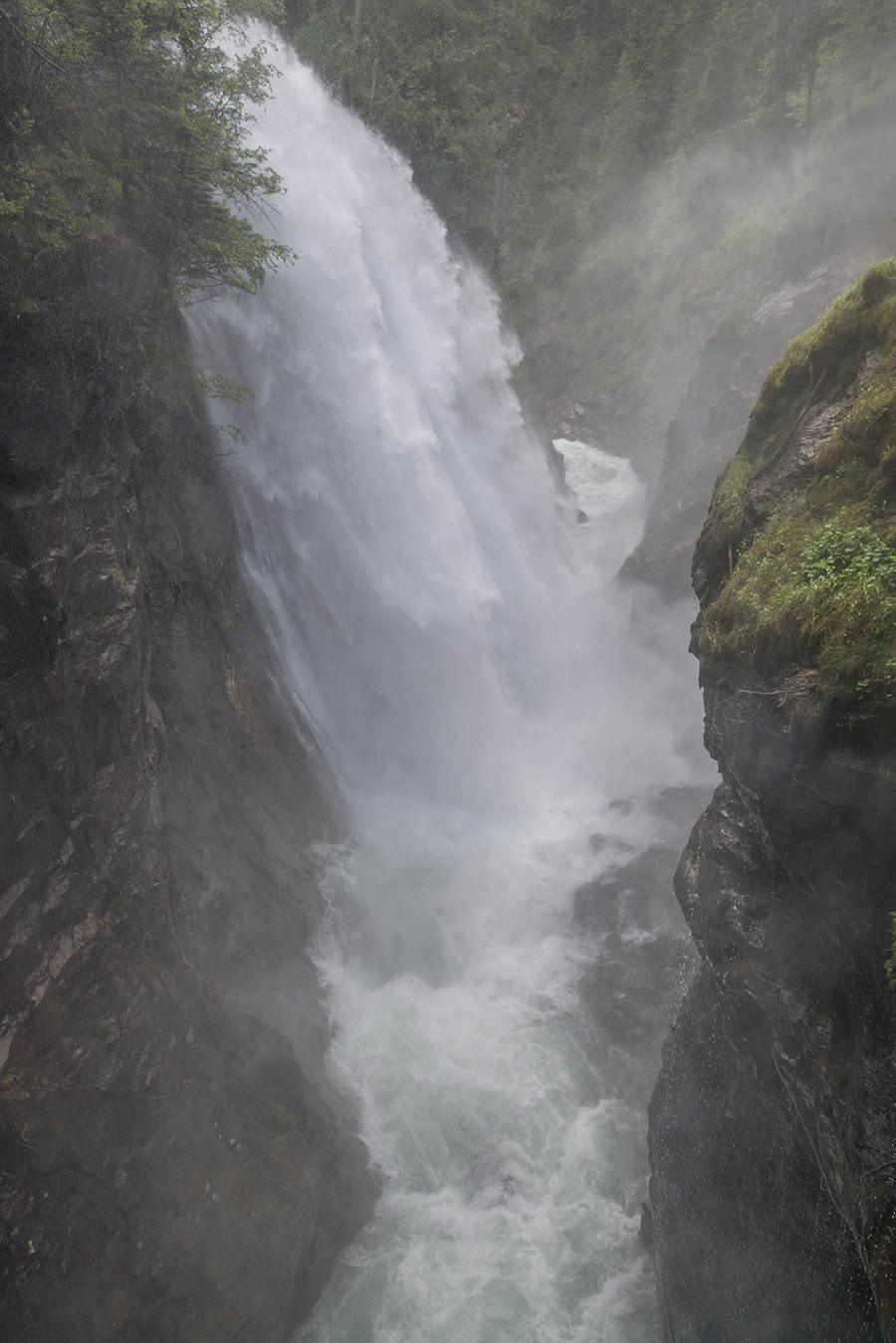 A Tasty Hike Wanderung Reinbach Wasserfaelle bei Sand in Taufers in Suedtirol - Wasserfall Nr 3