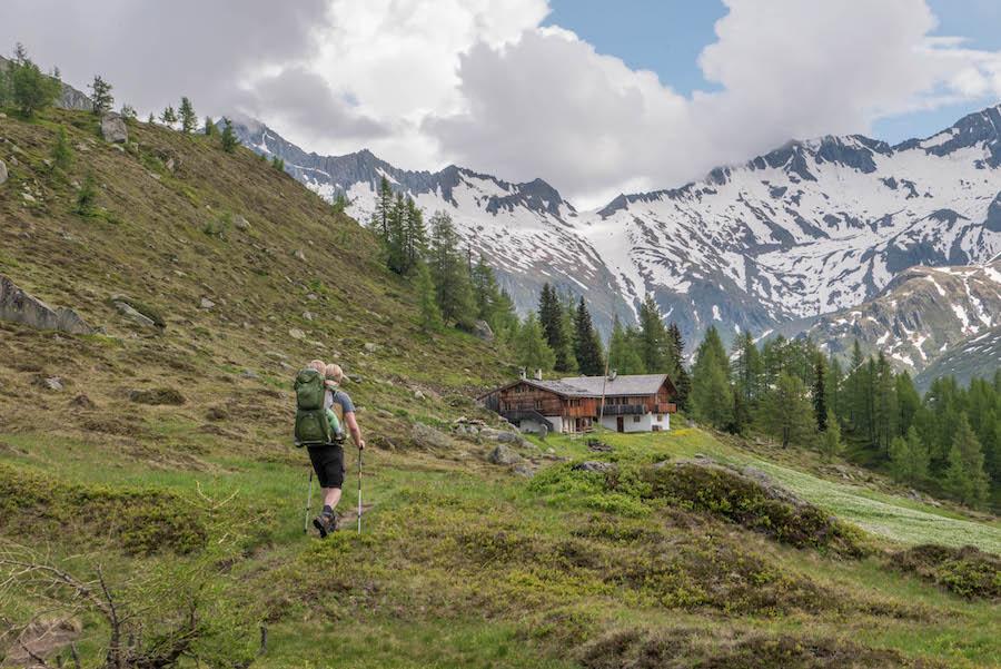 A Tasty Hike - Wanderung im Ahrntal Suedtirol bei Kasern - Hochplateau