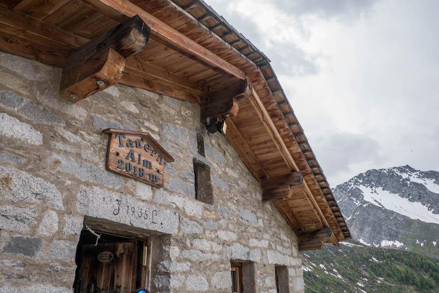 A Tasty Hike - Wanderung im Ahrntal Suedtirol bei Kasern - Tauernalm