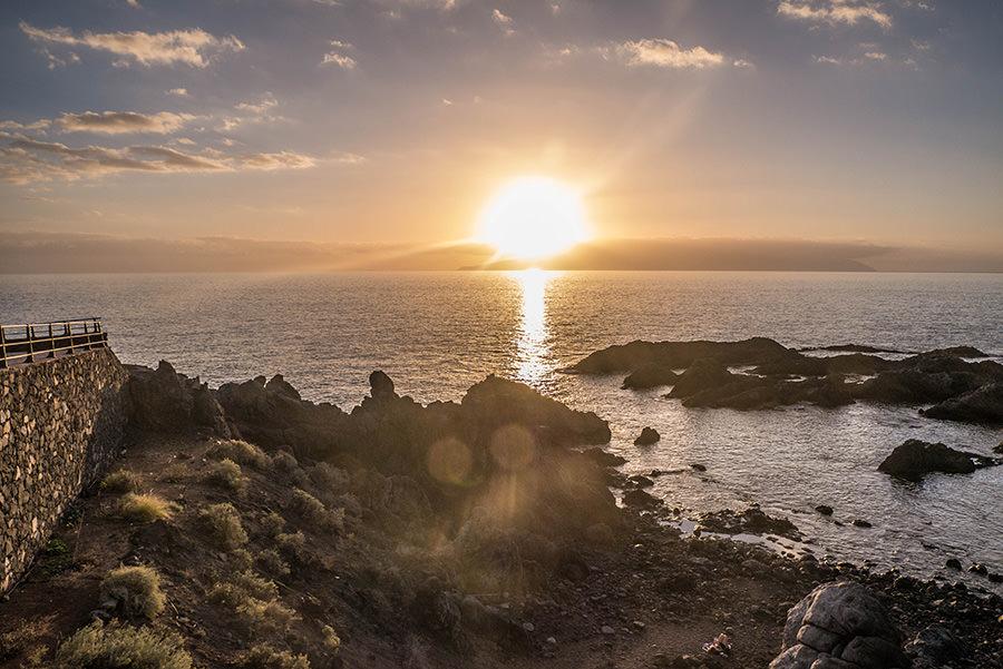 A Tasty Hike - Teneriffa Reisen - Kuestenspaziergang Puerto de Santiago - Sonnenuntergang