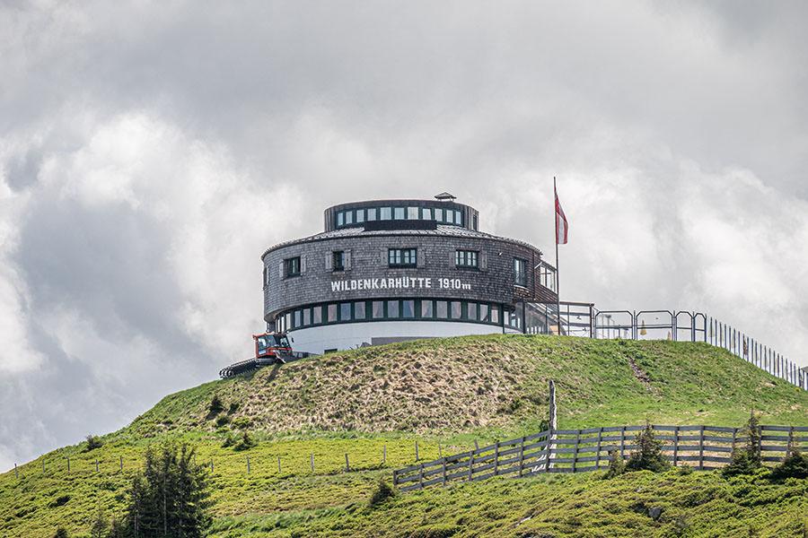 Saalbach Hinterglemm Sommer - Wanderung vom Kohlmaiskopf zur Wildenkarhuette - A Tasty Hike - Wildenkar Huette