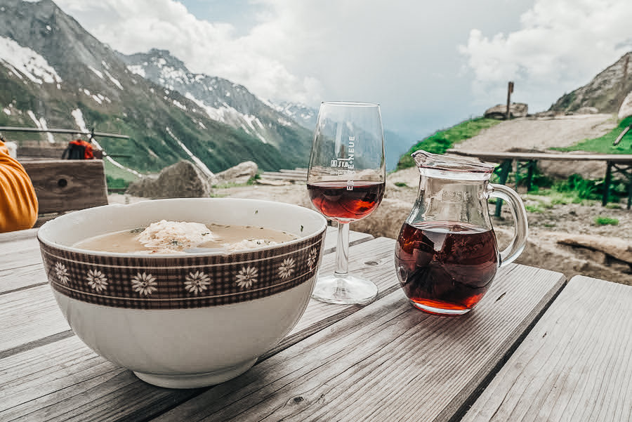 A Tasty Hike - 5 Huetten in Suedtirol - Unsere Favoriten - Tauernalm Suppe