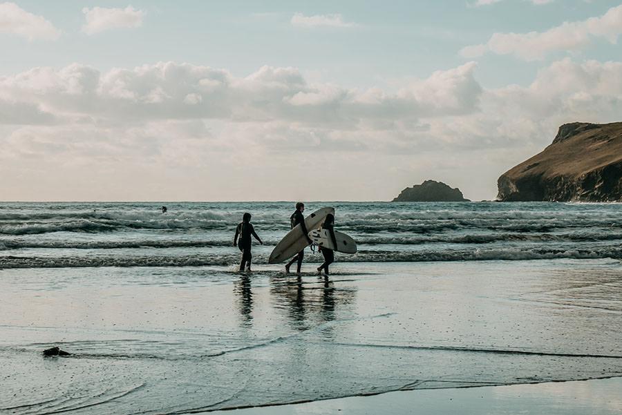 A Tasty Hike - Kuestenwanderung Cornwall - Polzeath - Surfer