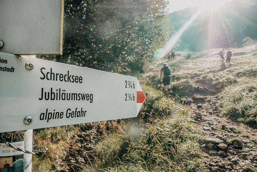 A Tasty Hike - Schrecksee Wanderung - Schrecksee Wandern - Allgaeu Schild