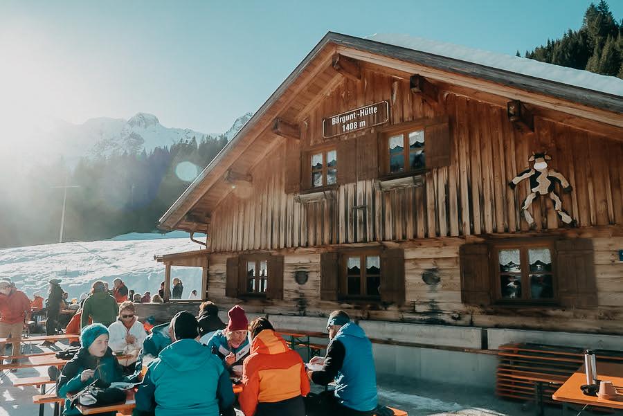 A Tasty Hike - Wandern im Winter - Baergunthuette - Kleinwalsertal