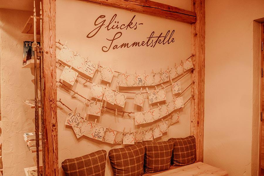 A Tasty Hike - Hotel in Fiss - Hotel Chesa Monte Glueck Sammelstelle