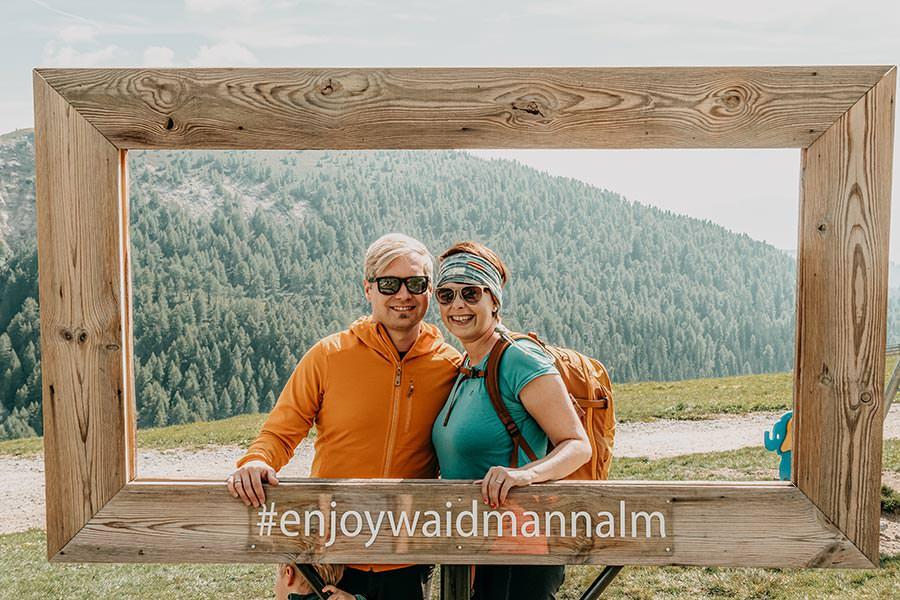 A Tasty Hike - Meran 2000 - Waidmann Alm und Kirchsteiger Alm - Genusswanderung - Waidmann Alm Rahmen