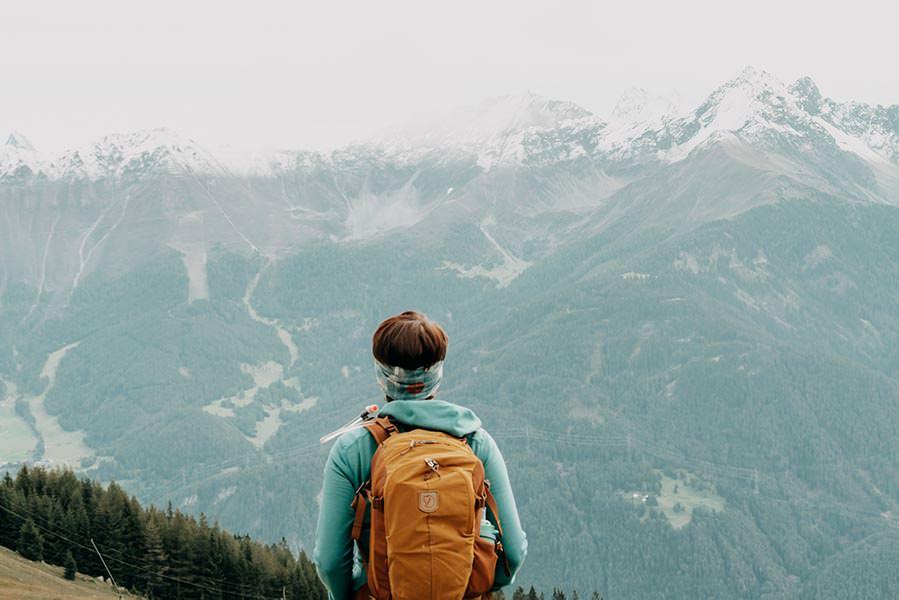 A Tasty Hike - Serfaus Wandern - Panorama Genussweg - Jana mit Aussicht