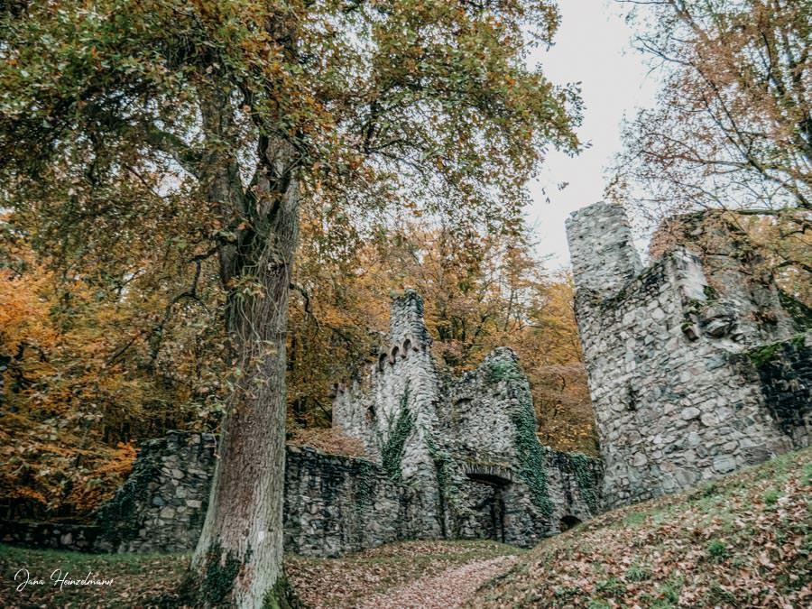Tagesausfluege Hessen - Secret Places in Hessen - Burg Rodenstein