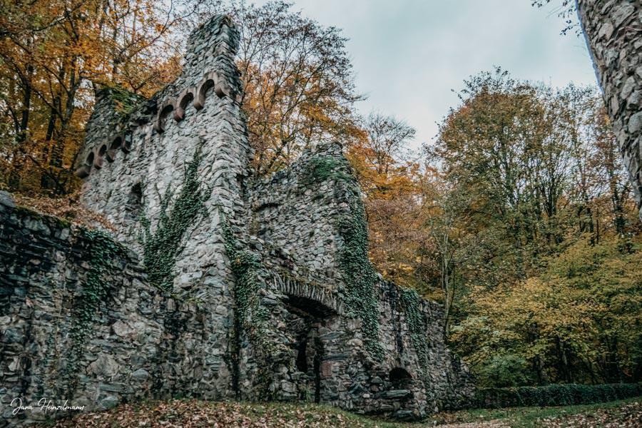 Tagesausfluege Hessen - Secret Places in Hessen - Burgruine Rodenstein