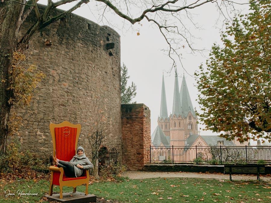 Tagesausfluege Hessen - Secret Places in Hessen - Spessart - Halbmond mit Spessartthron