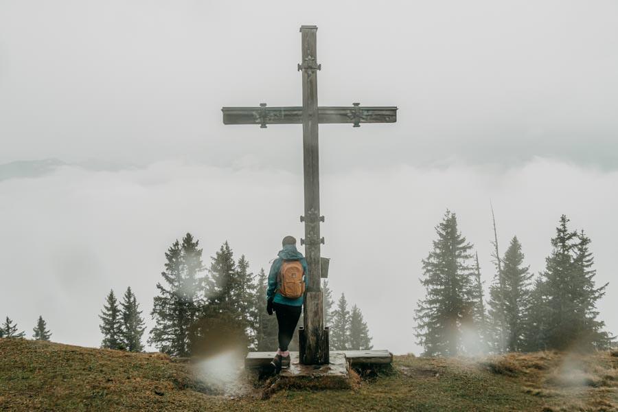 Gefuehrte Wanderungen - sinnvoll oder nicht - Wanderung zum Monteneu im Montafon Gipfel