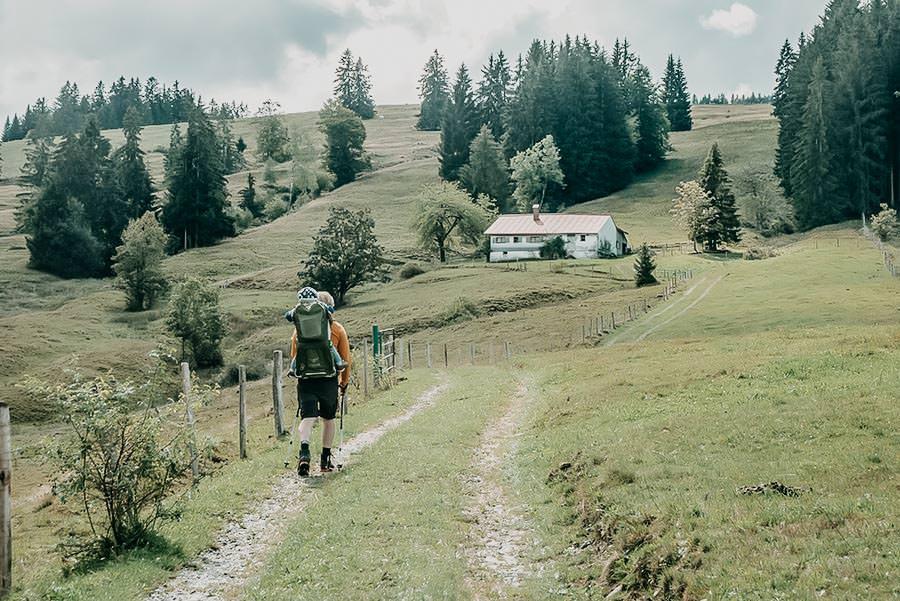 Fruehlingswanderungen - Wandern im Fruehling - Fruehlingswandern - Salmaser und Thaler Hoehe