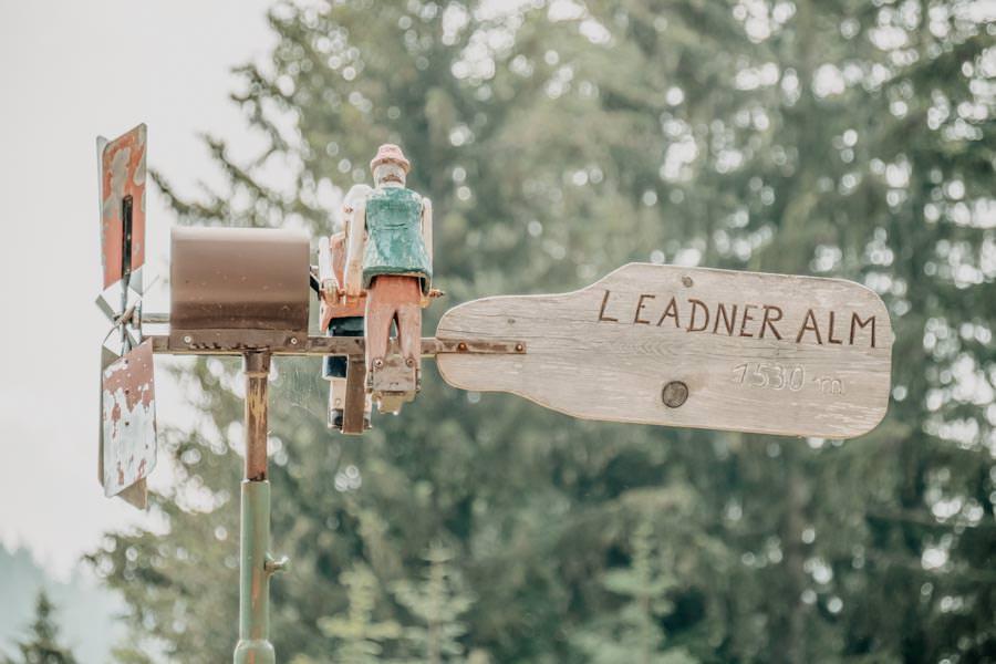 Wanderung Leadner Alm Suedtirol – Leadner Alm Schild